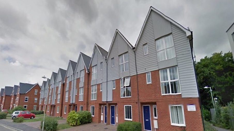 Blocks of Parham Road Accommodation to be turned into Council Houses